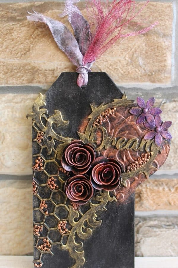 beehive chipboard circle greeting